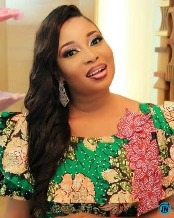 Actress, Lizzy Anjorin slams trolls questioning her source of wealth (Video)